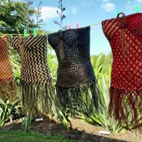 Raewyn Hildreth [Whitianga] - Harakeke/Flax Weaving
