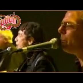 Dragon - April Sun In Cuba (Live on Mornings)